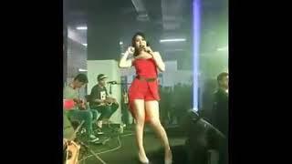 Download Video Via valen sexy hot MP3 3GP MP4