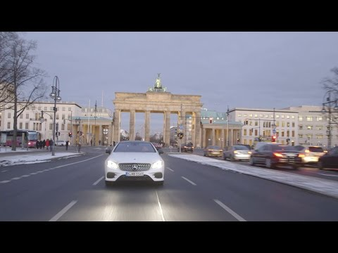 Susie Wolff and the Mercedes-Benz E-Class Coupe - Fashion Week Berlin 2017