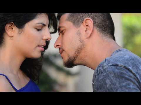מדינת תל אביב (גרסת הרשת) - פרק 1: נחיתה