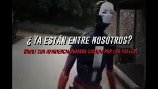 ¿Ya están entre nosotros? Robot con apariencia humana camina por las calles.