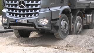 משאית מרצדס לארוקס