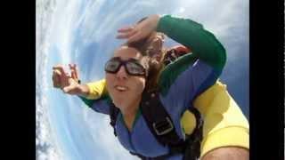 Baixar * Salto de Paraquedas da Carol Flor - Boituva 24-03-212