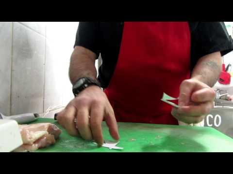 Нож в работе,
