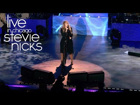 Stevie Nicks - Dreams (Live In Chicago)