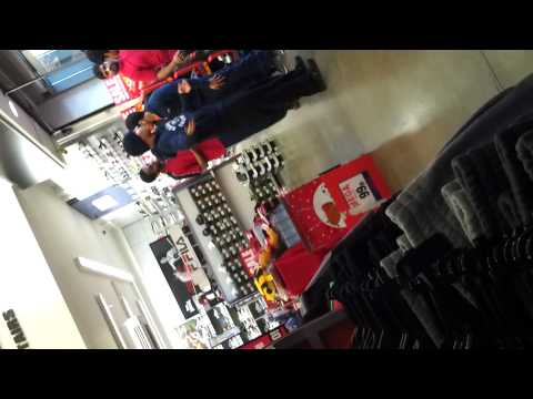 kids get caught stealing at sports direct hayes!