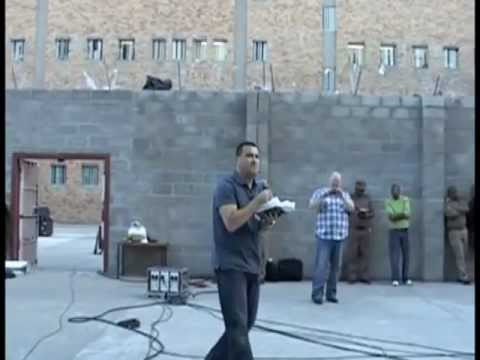 Tony Anthony speaks at Poolsmoor Prison, South Africa