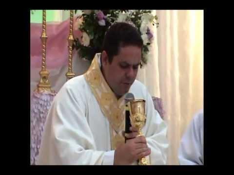 Reveja a Santa Missa e Coroação de Nossa Senhora realizada na Matriz no último dia 31 de Maio