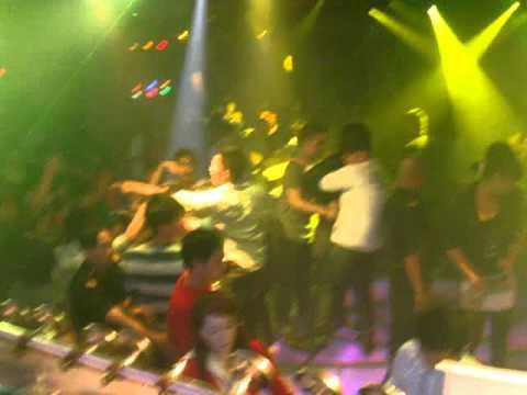 Bar BINH DUONG ( DJ phuong troc ).MPG