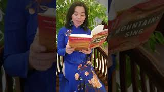 Quế Mai reads from THE MOUNTAINS SING