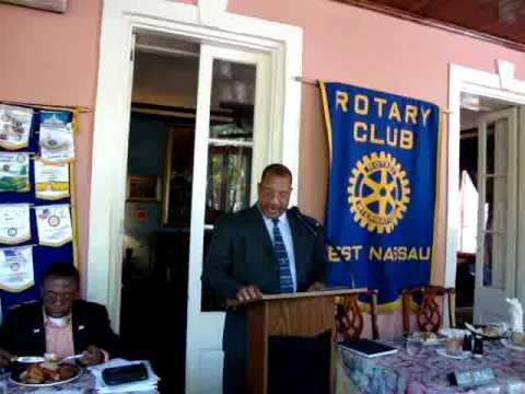 President of The Bahamas Insurance Brokers Association Addresses Rotary Club of West Nassau