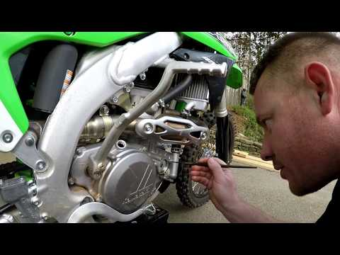 My new  2016 kx 450f break in oil change before back to the track:)