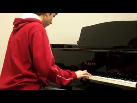 Taio Cruz  Dynamite piano
