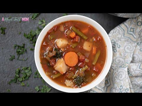 Very Fresh Vegetable Soup with presto pesto