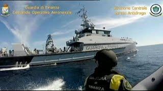 الشرطة الايطالية تحجز سفينة تركية تقل 12 طناً من الحشيش   5-6-2015