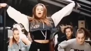Танец под песню Лимонад|Катя Адушкина