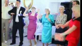 Ведущий на свадьбу в Спб Виталий Морозов