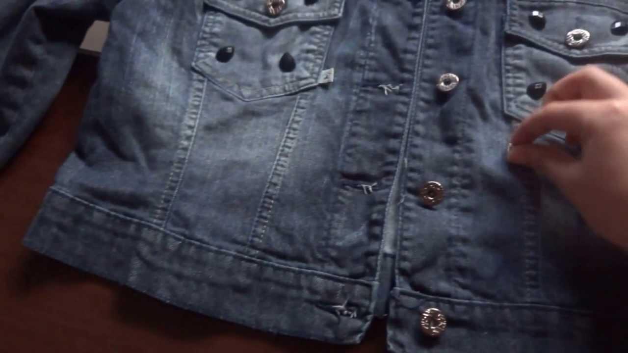 28a1677c42 Customização de jaqueta jeans  spike