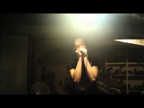 Schizophrenia - Brokencyde VOCAL COVER!