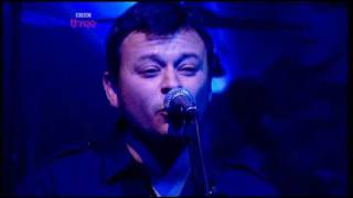 Manic Street Preachers Your love alone is not enough