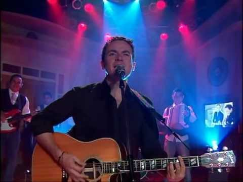 """Música: Fonseca Con Su Tema """"Desde Que Te Fuiste"""" 07/03/2012"""