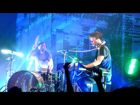 Matt & Kim - Good Ol' Fashion Nightmare live at Music Hall of Williamsburg, BK [03/19]