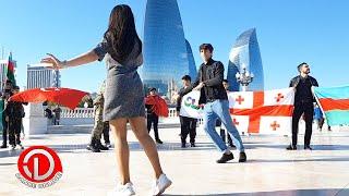 Bakinin merkezinde Azerbaycanlilarin LEZGİNKA Reqsi 2021