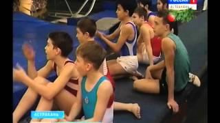 Астраханские батутисты и акробаты подарили праздничное выступление воспитанникам интерната