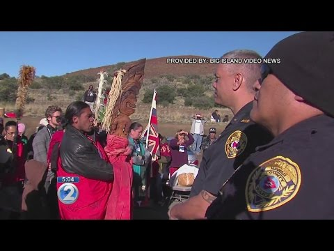 Protesters arrested for allegedly blocking access to Mauna Kea summit