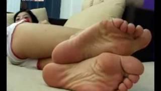 arab wide wrinkled soles