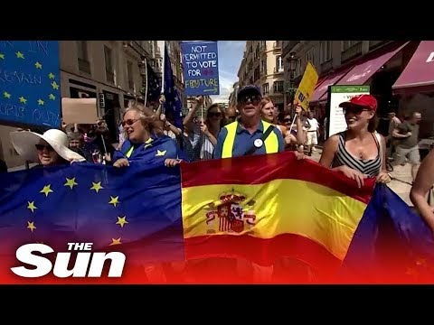 Brit expats in Malaga hold anti-Brexit protest saying 'UK has forgotten us'