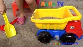 Xe ô tô đồ chơi cát - Xe ô tô đồ chơi chở cát - Xe ô tô đồ chơi xúc cát ❤ Anan ToysReview TV ❤