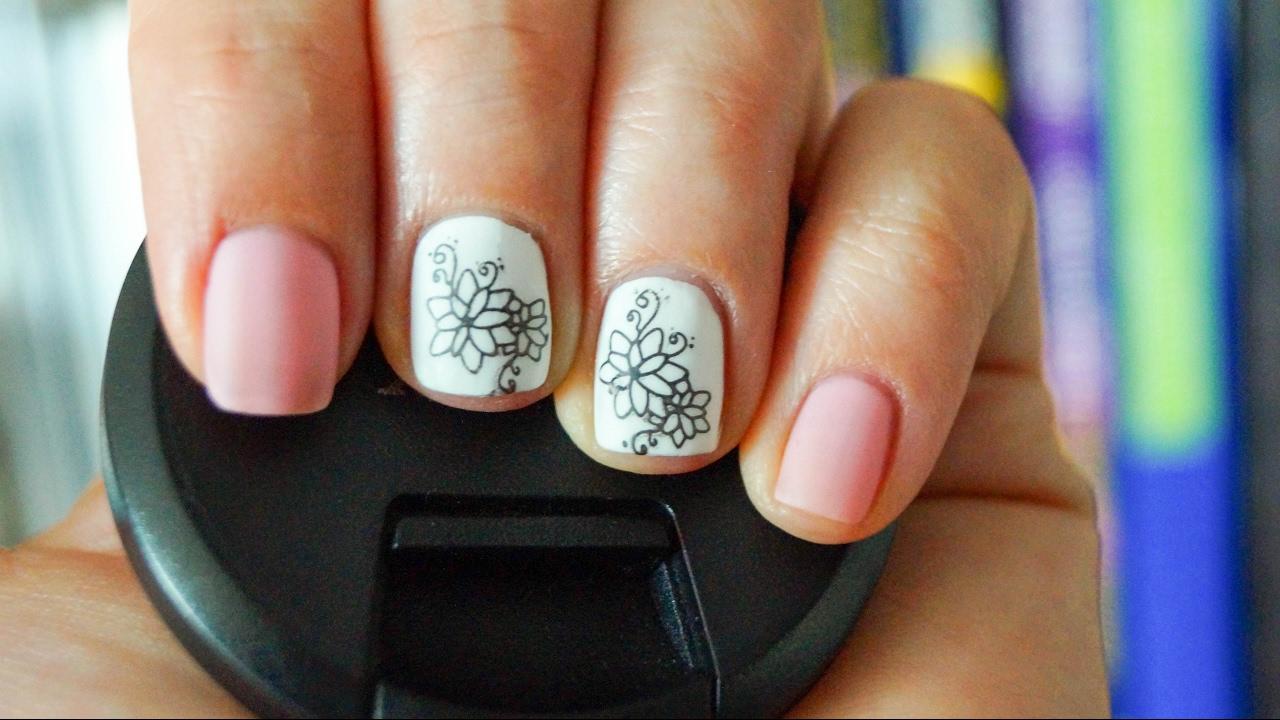 ungew hnlich nagellack designs rosa und wei bilder. Black Bedroom Furniture Sets. Home Design Ideas