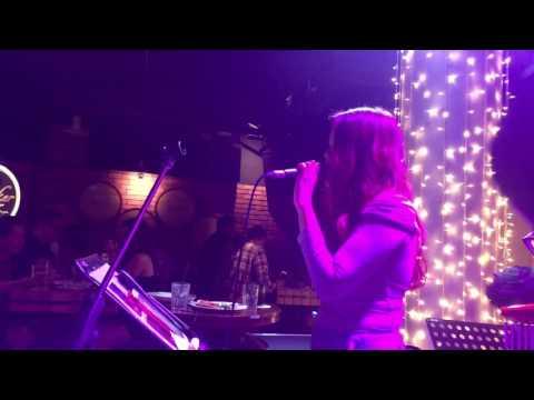 喜欢你 - Singapore live band for corporate events and parties