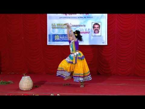 School Kalolsavam 2013  Folk dance by Arundhathy Devi, V STD