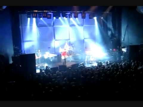 Keane - The Lovers Are Losing [HQ] Live 3 11 2008 Sentrum Oslo Norway