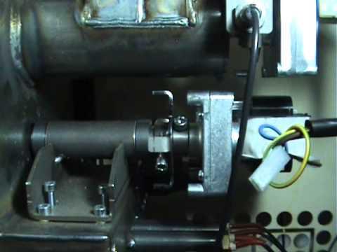 Sostituzione motoriduttore su stufa a pellet doovi for Stufa autocostruita