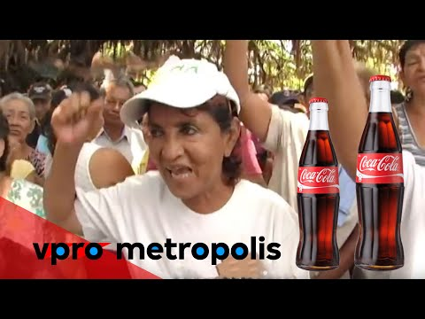 Protesting against Coca Cola for money in Nicaragua - vpro M