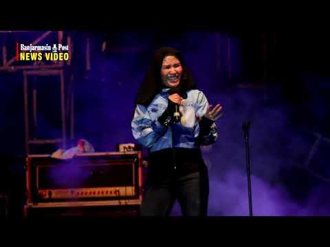 """Nicky Astria """"Gersang"""" Memori Rock Festival 70/80/90's Di Banjarmasin"""