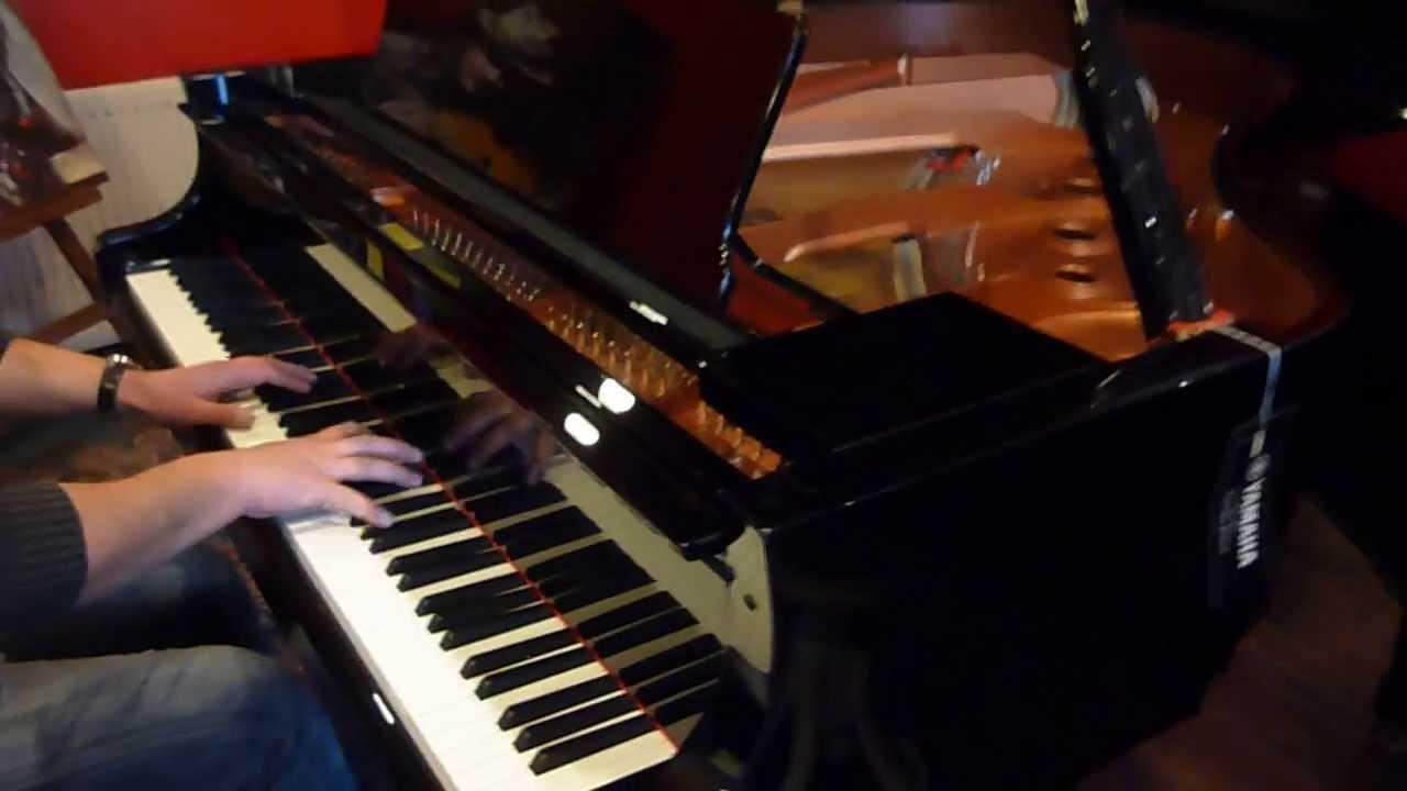 Piano queue yamaha c2x noir brillant neuf eml for Yamaha piano los angeles