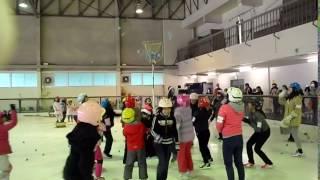 平成28年12月17日に開催した一宮市スケート場のクリスマス氷上運動会の...