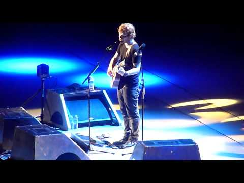 "Ed Sheeran Performing ""Afire Love"" Live @ The Greek Theatre In Berkeley CA On June 26, 2015"