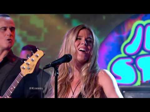 Joss Stone Temple Pilots Performs 'Interstate Love '