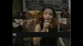 (2002) Hrysoula Stefanaki GIA MAS KELAIDOUN TA POULIAa song by Gree...