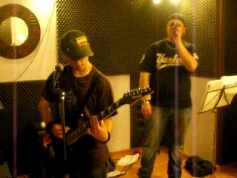 Dritto In Faccia - Rap n Roll (con finale in un disordinato bordello xD)