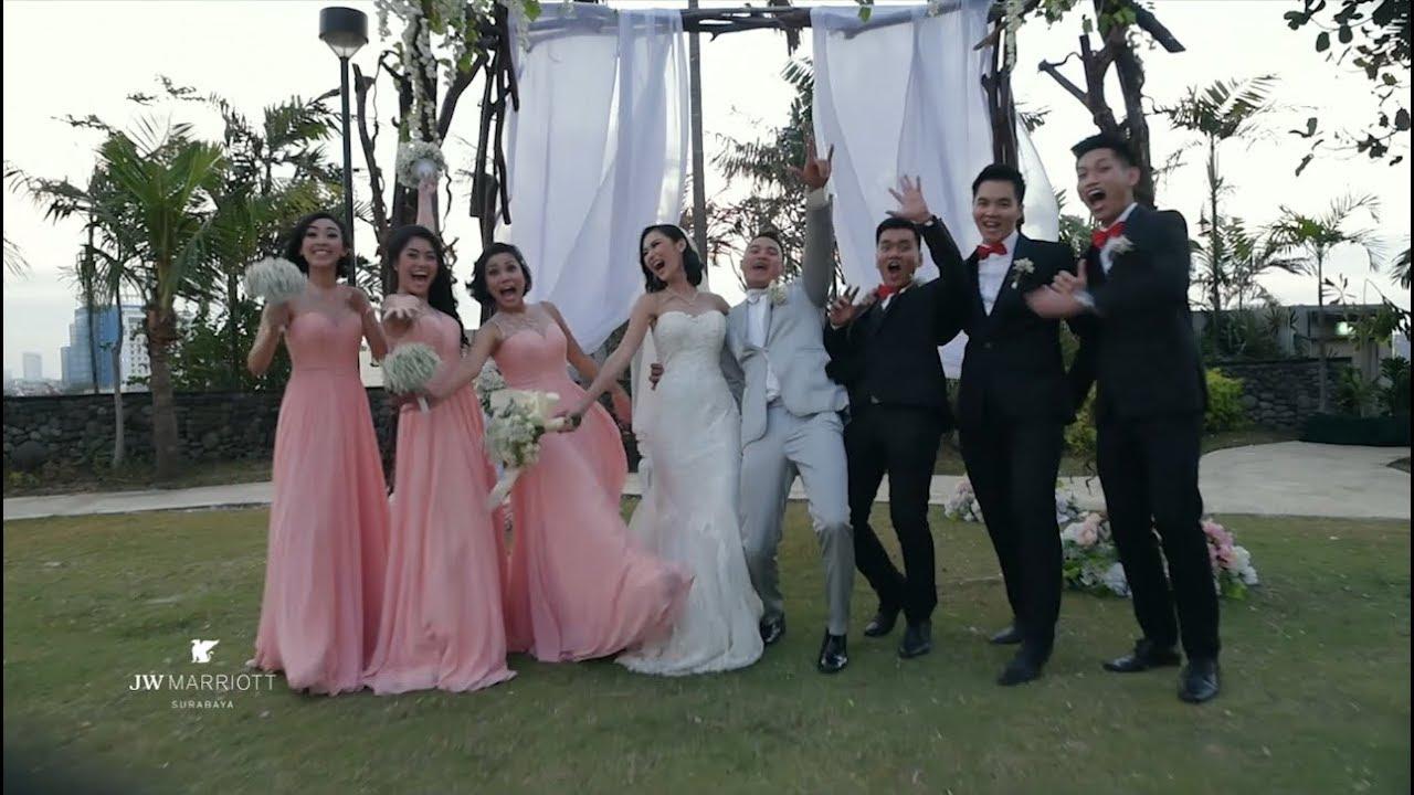 Wedding Venue In Surabaya: Tropical Wedding Outdoor And