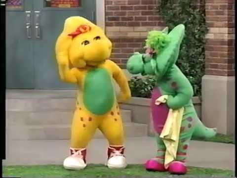 Barney: Walk Around The Block With Barney