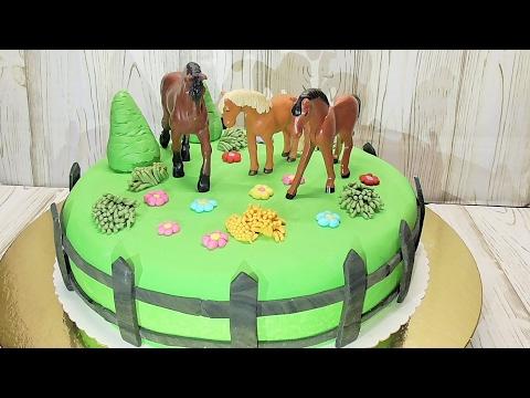 Making A Horse Head Cake
