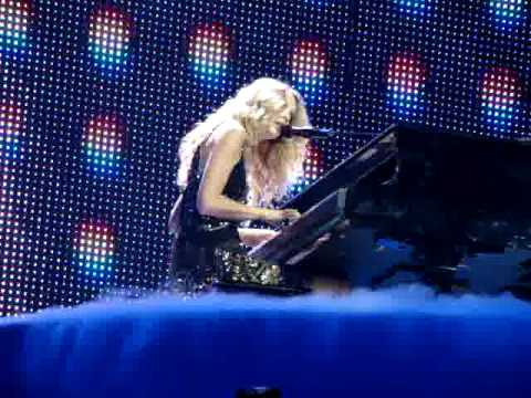 Taylor Swift - Youre Not Sorry *FEARLESS TOUR 2009*