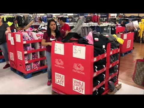 Чёрная пятница в Волмарте в четверг вечером  Black Friday Walmart in Thursday