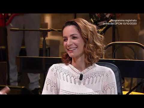 Download L'intervista ad Andrea Delogu - Una pezza di Lundini 21/10/2020